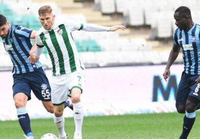 Bursaspor'un en değerli futbolcusu Burak Kapacak