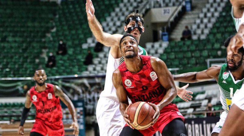 MAÇ SONUCU | Frutti Extra Bursaspor 78-90 Gaziantep Basketbol
