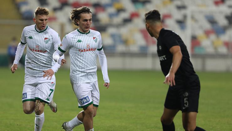 Bursaspor ikinci yarılarda kalesinde golleri görüyor